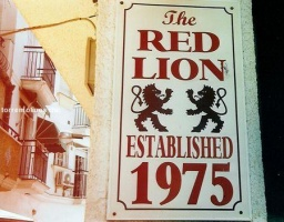 Bar red lion