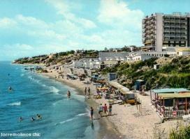 Playa y hotel triton