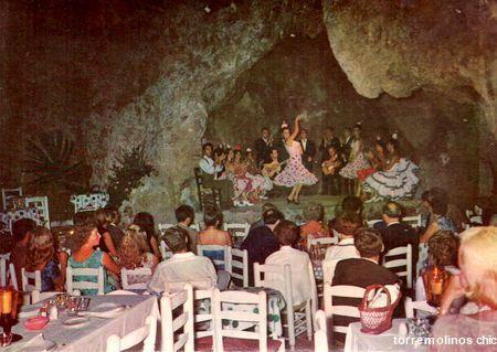 Tablao las cuevas, en la cuesta de Las Mercedes